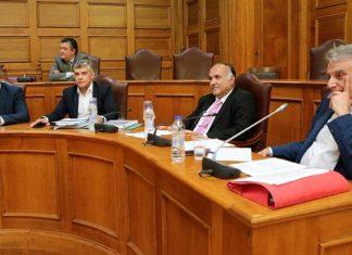 Ένταση στη Βουλή - Αποβλήθηκε από την αίθουσα ο Αγοραστός