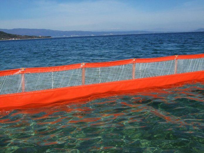 Πάτρα: Πλωτά φράγματα από ειδικά δίχτυα για να γλιτώσουν από τις μέδουσες