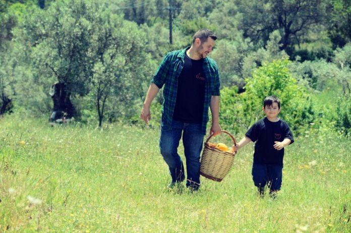 Γιώργος Τσακοφίτης: Ο αγρότης που μετέτρεψε την καταστροφή σε επιτυχία