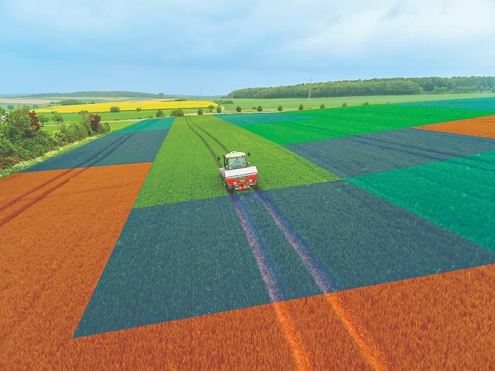 Ο λιπασµατοδιανοµέας της KVERNELAND, κάνοντας χρήση του Geopoint, χωρίζει σε τµήµατα την καλλιεργούµενη έκταση και, µέσω των χαρτών µεταβλητής δόσης, διανέµει τη σωστή ποσότητα λιπάσµατος σε κάθε σηµείο του χωραφιού.