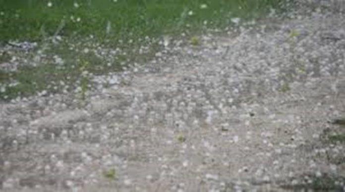 Ξαφνικό μπουρίνι με χαλάζι και βροχή Γρεβενά