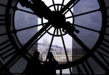 Η Κομισιόν ξεκινά δημόσια διαβούλευση για την θερινή ώρα