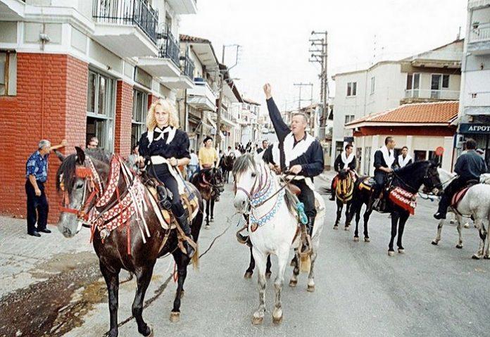 Οι καβαλάρηδες της Σιάτιστας τίμησαν την Παναγία