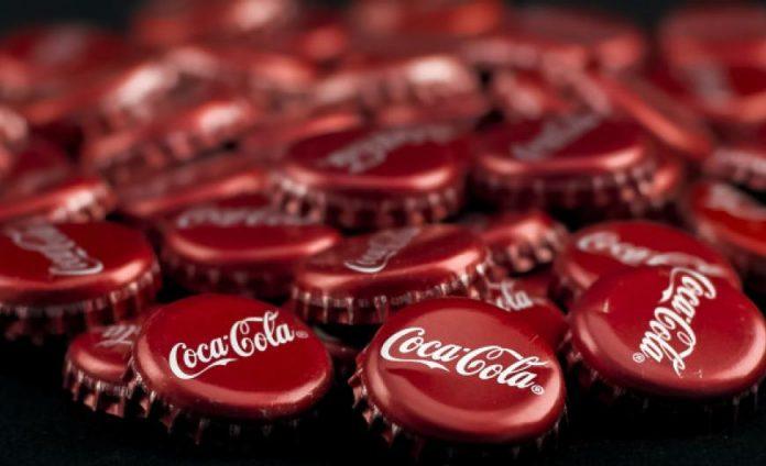 Coca-Cola: Ετοιμάζει αναψυκτικά με... κάνναβη