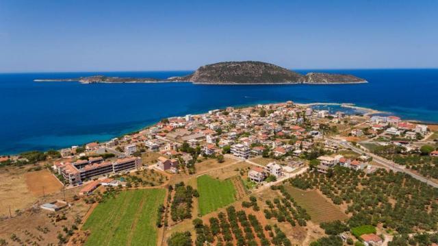 Υπερψηφίστηκε η προγραμματική σύμβαση για το αλιευτικό καταφύγιο Μαραθόπολης