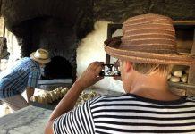 Χίος: Ο παλιός ξυλόφουρνος της Βολισσού που ψήνει εδώ και 70 χρόνια
