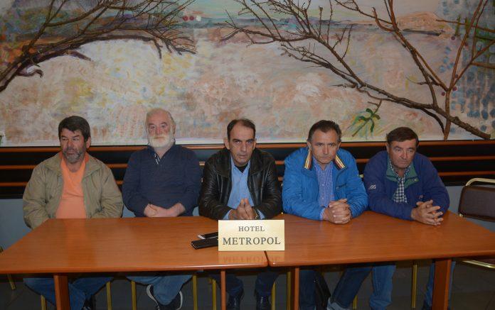 Διαμαρτυρία αγροτών για το ακατάσχετο των ενισχύσεων - Συνάντηση ΕΟΣΝΛ με Β. Κόκκαλη