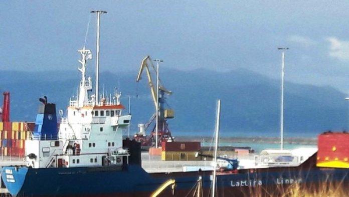 Δώδεκα τόνους χασίς σε μορφή «σοκολάτας» εντοπίσθηκαν σε πλοίο στο Ηράκλειο