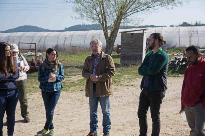 Το μοντέλο των αγροτικών εκκολαπτηρίων στην Ευρώπη εισάγει τους νέους στο αγροτικό επάγγελμα