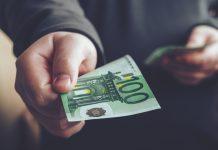 πληρωμές - λεφτά - χαρτονομίσματα