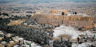 Εικόνες της χιονισμένης Αθήνας (φωτορεπορτάζ)