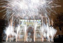 Με πυροτεχνήματα υποδέχτηκε το νέος έτος ολόκληρος ο κόσμος