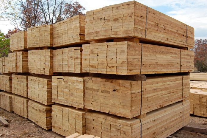 Το ΥΠΕΝ στηρίζει την Κρατική Βιομηχανία Ξύλου στην Καλαμπάκα
