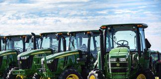 Οι αγρότες παλεύουν για το δικαίωμα να επισκευάζουν τα τρακτέρ τους