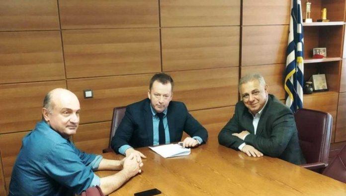 Συνάντηση Κόκκαλη με Κουρεμπέ για τις καταστροφές στον Τύρναβο από τις χαλαζοπτώσεις