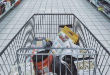 Eurostat: Aκριβό το καλάθι του καταναλωτή για τους Έλληνες σε γάλα, αυγά και τυριά