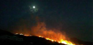 Φωτιά σε γεωργικά υπολείμματα στην Κάνδανο Χανίων