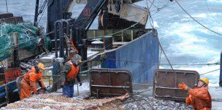 Η Βόρεια Κορέα κρατά ρωσικό αλιευτικό και το πλήρωμά του