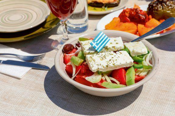 ΕΚΠΟΙΖΩ: Δικαιώματα καταναλωτών - Διατροφή στις διακοπές