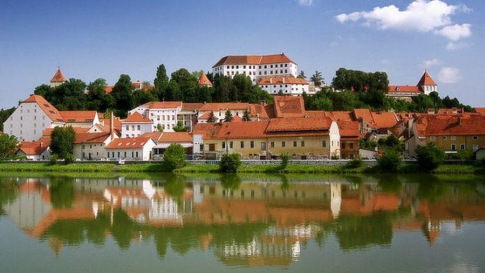 Σε διεθνή διάσκεψη στη Σλοβενία οι υπουργοί Γεωργίας της ΕΕ και των υποψήφιων προς ένταξη χωρών