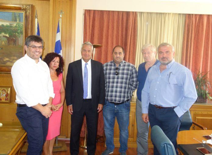 Λύση στο πρόβλημα των αλιευτικών προσφυγών, υποσχέθηκε ο Μ. Βορίδης στους επαγγελματίες αλιείς
