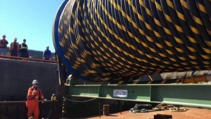 Πάτρα: Ολοκληρώθηκε η πόντιση του πρώτου υποβρύχιου καλωδίου υπερυψηλής τάσης στην Ελλάδα
