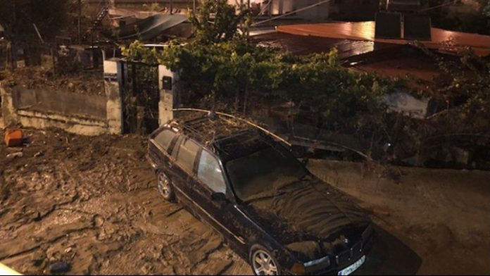 Επί ποδός οι Αρχές μετά την κακοκαιρία στη Θεσσαλονίκη