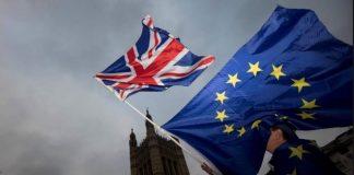 Πρώτο «ναι» του βρετανικού κοινοβουλίου στο νόμο για την αναβολή του Brexit