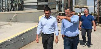 Επίσκεψη του υφυπουργού Κ. Σκρέκα σε ορυζοπαραγωγούς στη Χαλάστρα Θεσσαλονίκης