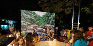 Συγκίνησε το πατητήρι σταφυλιών στην πλατεία των Ανατολικορωμυλιωτών