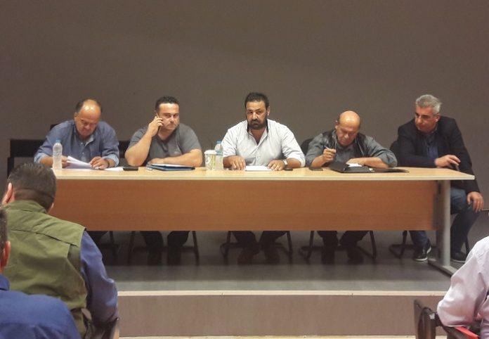 Ενωτικές προθέσεις στον Τύρναβο μεν, δύο τα «στρατόπεδα» δε