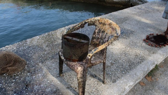 Ο καθαρισμός του βυθού στη Θάσο αποκάλυψε σοβαρό πρόβλημα ρύπανσης της θάλασσας