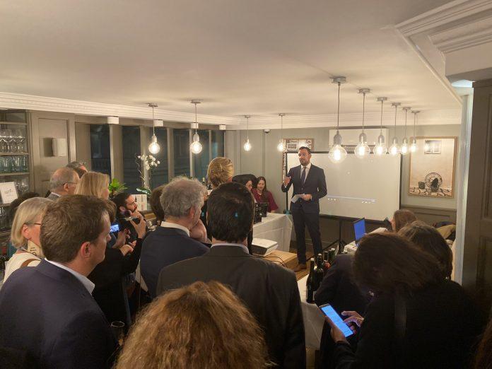 Τις οινικές διαδρομές και τα οινοποιεία της Κεντρικής Μακεδονίας παρουσίασε η ΠΚΜ στο Παρίσι