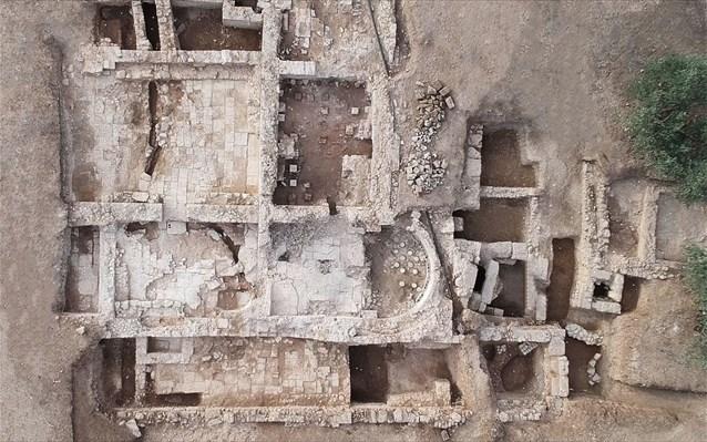 Χιλιομόδι Κορινθίας: Στο «φως» αρχαία λουτρά και άλλα σπουδαία αρχαιολογικά ευρήματα