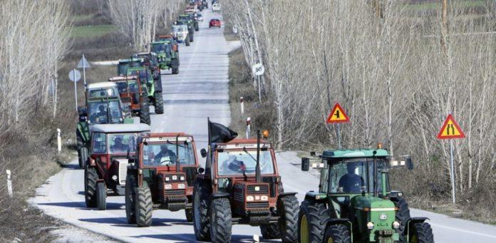 Λάρισα: Βγαίνουν τα τρακτέρ στον Τύρναβο-Τι διεκδικούν οι αγρότες