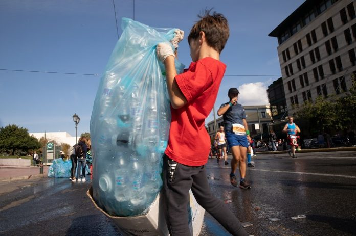 EEAA: 12,4 τόνοι υλικών συσκευασίας ανακυκλώθηκαν από τον 37ο Αυθεντικό Μαραθώνιο