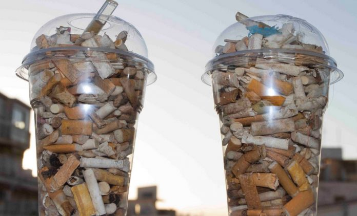 Μάζεψαν σκουπίδια με το κιλό από τη Λίμνη Βουλιαγμένης Λουτρακίου