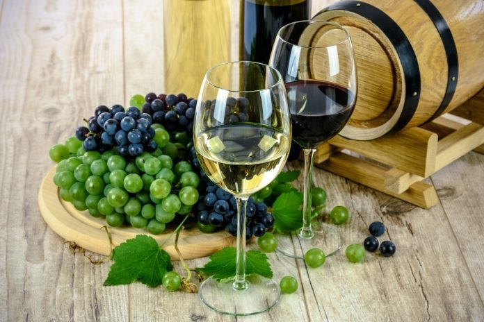 Mειωμένη κατά 10% σε σχέση με πέρσι η παγκόσμια παραγωγή οίνου