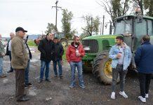 Κόντρα αγροτών αστυνομίας στην Καρδίτσα - Ηττήθηκαν από το κρύο οι Λαρισαίοι