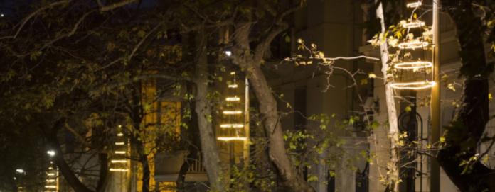 Συμμετοχή της εταιρείας Παπαστράτος στον χριστουγεννιάτικο φωτισμό της Αθήνας