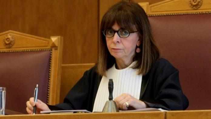 Με 261 ψήφους πρώτη γυναίκα Πρόεδρος της Δημοκρατίας, η Αικ. Σακελλαροπούλου