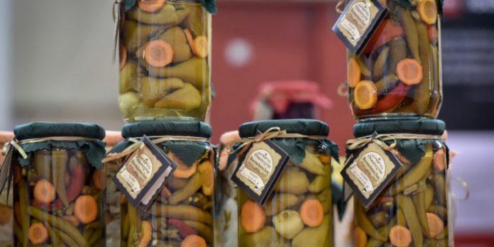 Γιατί οι Ελληνες παραγωγοί τροφίμων θα πρέπει να στραφούν στο ηλεκτρονικό εμπόριο στις ΗΠΑ