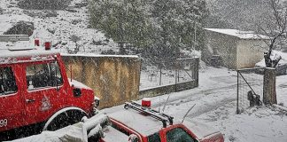 Χιόνια και κλειστά σχολεία στα ορεινά της Κρήτης