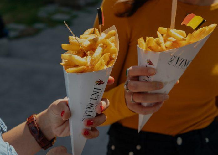 Βοηθήστε τους αγρότες και τρώτε περισσότερες τηγανητές πατάτες, προτρέπονται οι Βέλγοι