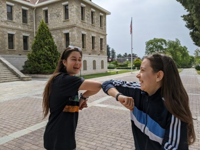 Επιστροφή στα θρανία για τους μαθητές της Δευτεροβάθμιας Εκπαίδευσης της ΑΓΣ