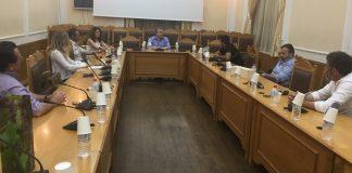 Περ. Κρήτης: Στηρίζουμε τον κλάδο των οινοποιών, προβάλουμε τα κρητικά κρασιά