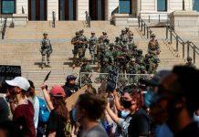 ΗΠΑ: Χιλιάδες αστυνομικοί και στρατιώτες στις μεγάλες πόλεις