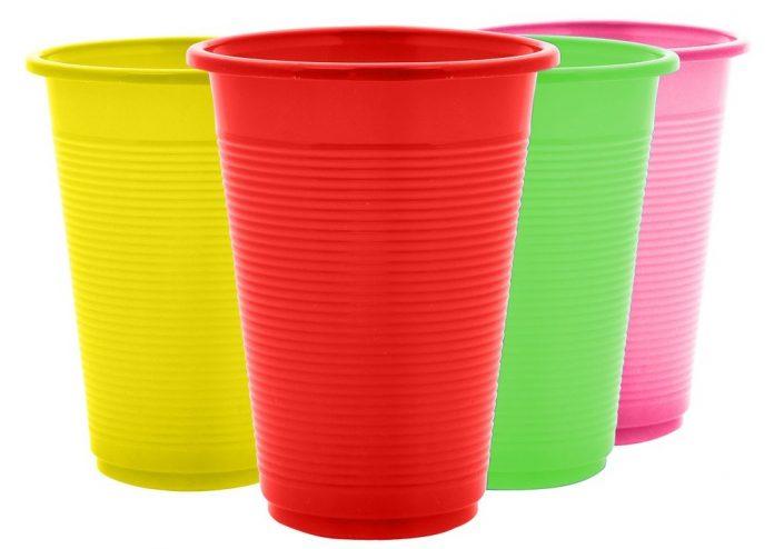 Χωρίς πλαστικά μιας χρήσης από το 2021