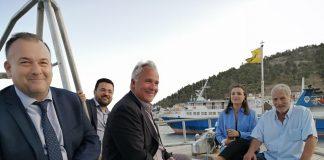 Ευχάριστη έκπληξη για τον Μ. Βορίδη από τους αλιείς της Καλύμνου