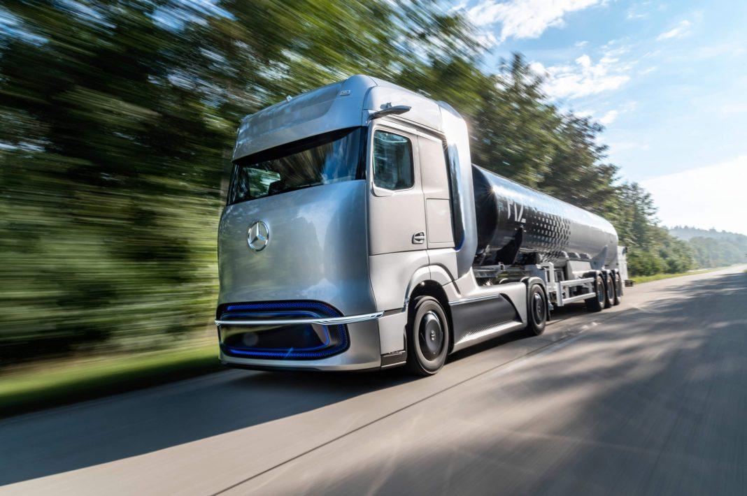 Η στρατηγική της Daimler Trucks για την ηλεκτρική κινητικότητα - Πρεμιέρα του Mercedes-Benz GenH2 Truck